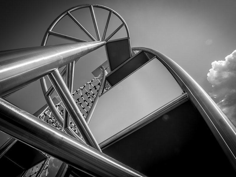 Hochwertiges Edelstahl verarbeitet im Stahlbau von Conradi+Kaiser